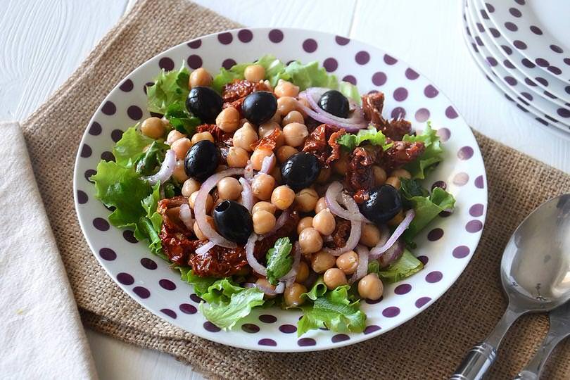 Ricetta insalata di ceci for Insalate ricette