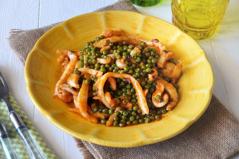 seppie con piselli - ricetta seppie con piselli di misya - Come Cucinare Seppie E Piselli