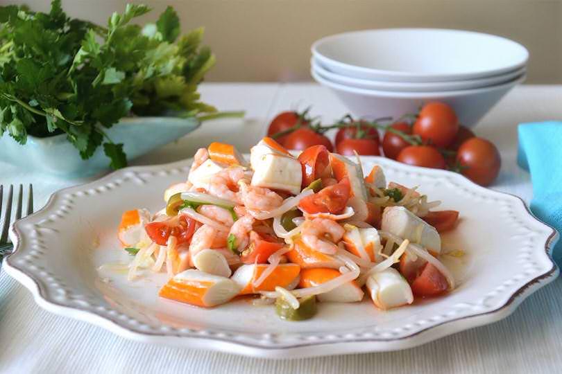 Insalata di surimi ricetta insalata di surimi di misya for Insalate ricette