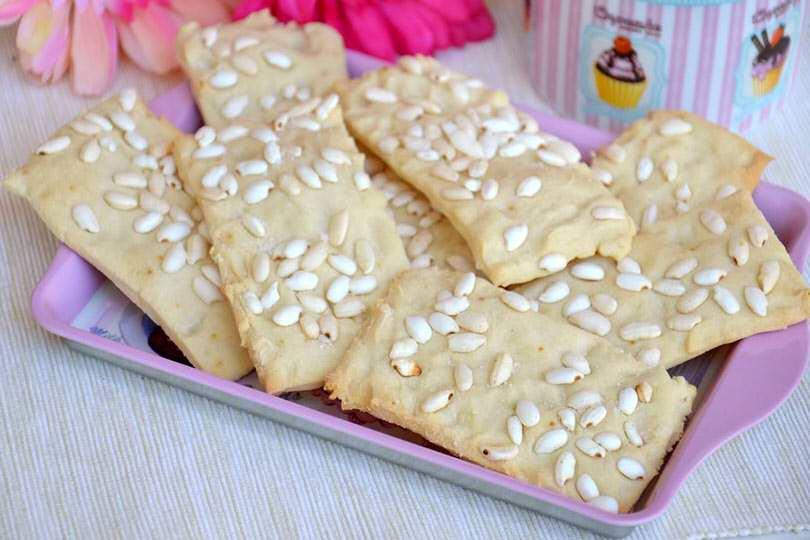 Crackers al riso soffiato