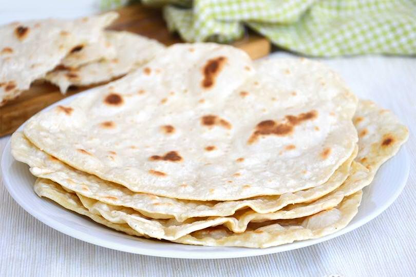 Pane azzimo ricetta pane azzimo di misya - Ricette monica bianchessi pronto in tavola ...