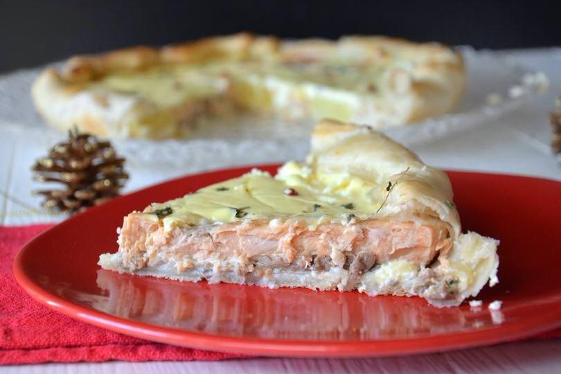 Torta salata al salmone