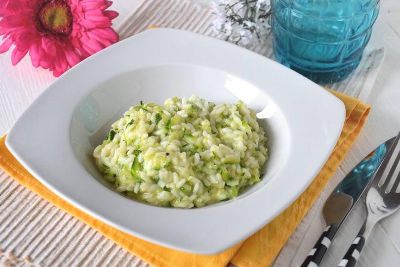 Risotto con zucchine e philadelphia ricetta risotto for Primi piatti ricette bimby