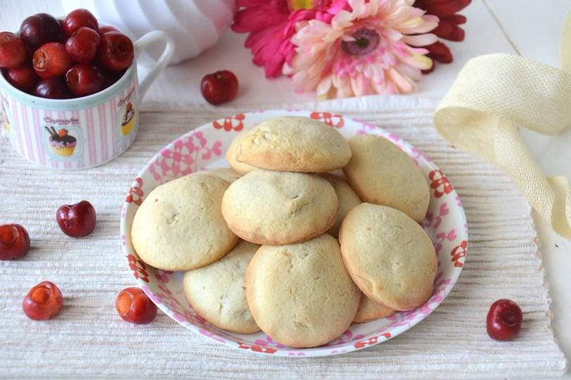 Biscotti alle ciliegie