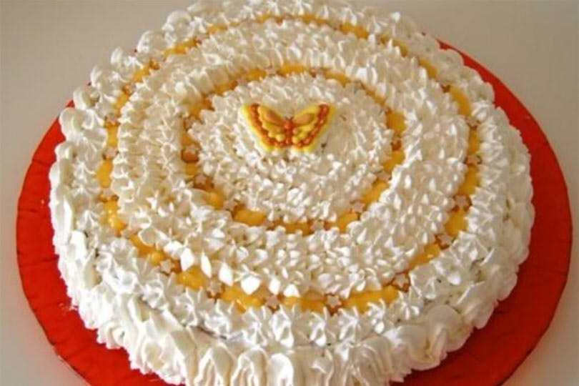 Torta genoise con lemon curd