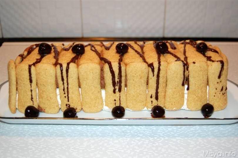 Torta con pavesini