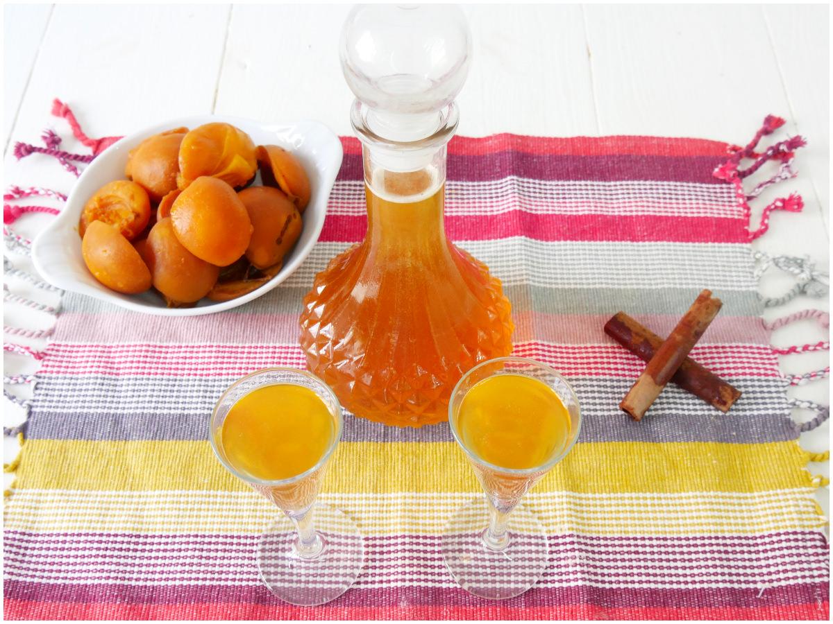 liquore albicocche 2